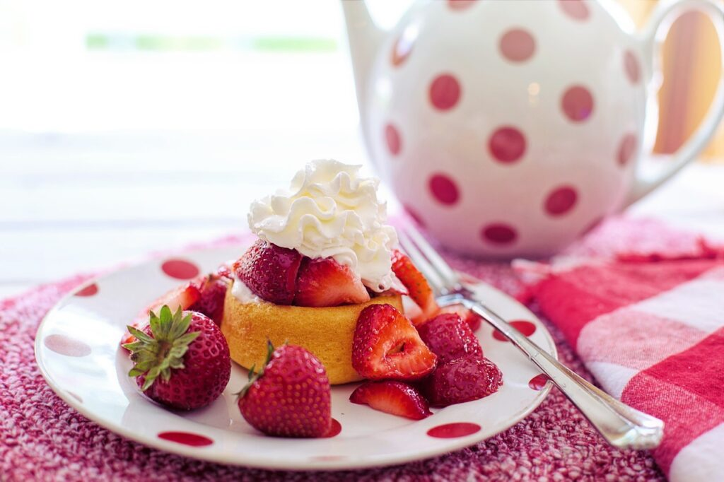 dessert dishes with essential oils